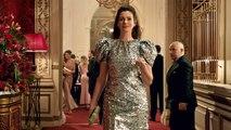 Anne Hathaway, Rebel Wilson In 'The Hustle' First Trailer