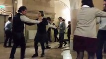 Dijon : pour la Saint-Valentin, ils ont dansé dans la salle des mariages de l'hôtel de ville