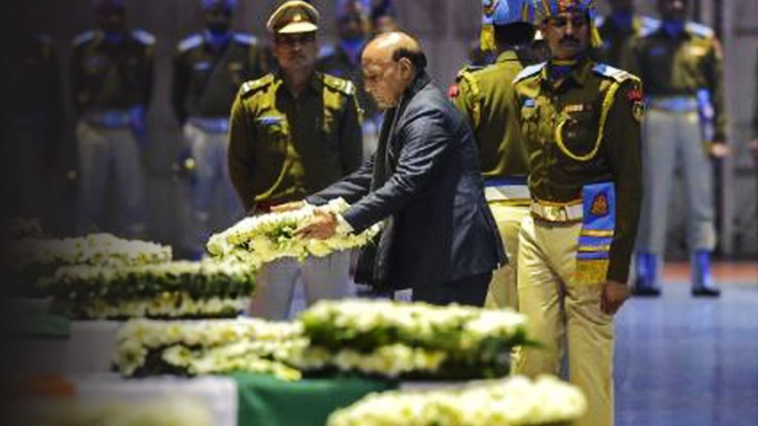 Requested state govts to extend maximum help to bereaved families: Rajnath Singh | Oneindia News