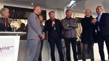 Tour de La Provence : une signature en présence du maire d'Aubagne Gérard Gazay