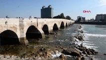 Adana Seyhan Nehri'nde, Suya Atladığı Öne Sürülen Kız Aranıyor
