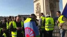 "Chalecos amarillos"" cumplen 3 meses de protestas en Francia"