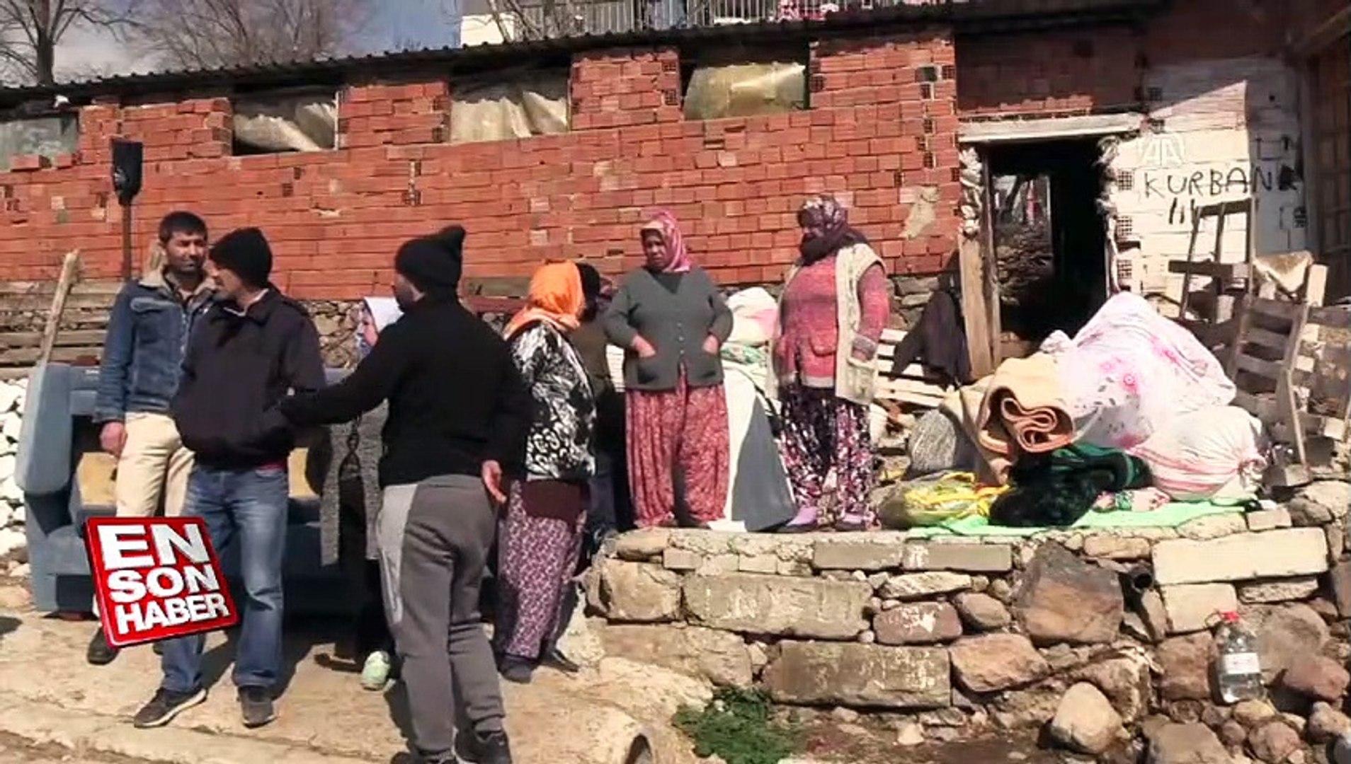 Toprak kayması sonucu 10 ev tahliye edildi