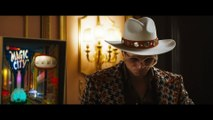 Rocketman - Taron Egerton sings in new featurette for the Elton John movie