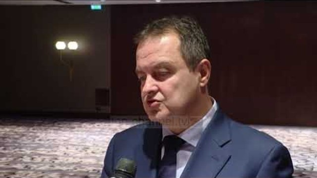 Kufiri dhe taksa, Eliot Engel përkrah Kosovën për çështjën e taksës - Top Channel Albania