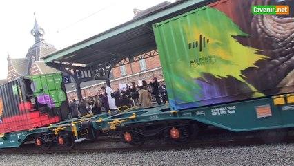 L'oeuvre d'art mobile la plus grande du monde est entrée en gare de Schaerbeek