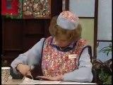 BBC Dinnerladies  S1E4   Moods Comedy)