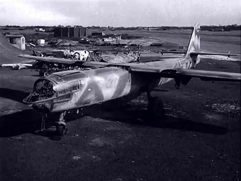 Arado Ar 234 B-2, WNr 140 173, RAE Farnborough, England (30 March 1945)