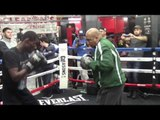 MAYWEATHER PROMOTIONS HOT PROSPECT RICHARDSON HITCHINS SHOW LETHAL HAND SPEED *PADS*