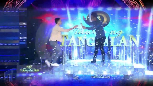 Tawag ng Tanghalan Update: Ralph Kim Paguio steals the Golden Microphone from Marco Adobas!