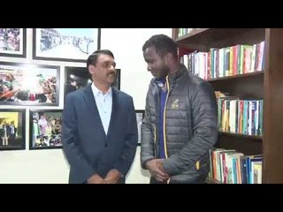 Peshawar Zalmi Captain Daren Sammy visited APS to pay his tribute to the martyrs