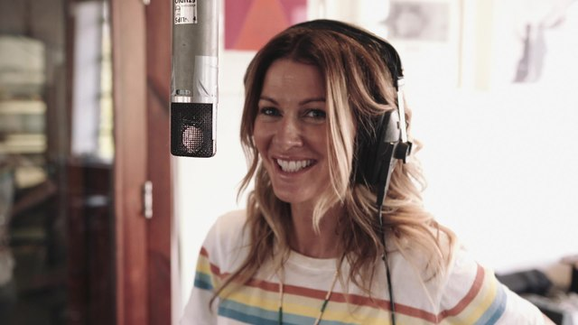 Kirsty Bertarelli - Love Me Like