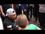 HEAVYWEIGHT ANTHONY JOSHUA ARRIVES COVENT GARDEN FOR PUBLIC WORKOUT & IS MOBBED BY FANS / IFL TV