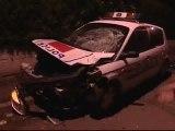 Más de setenta policías heridos en los suburbios de París