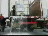 Los ganaderos peruanos derraman miles de litros de leche
