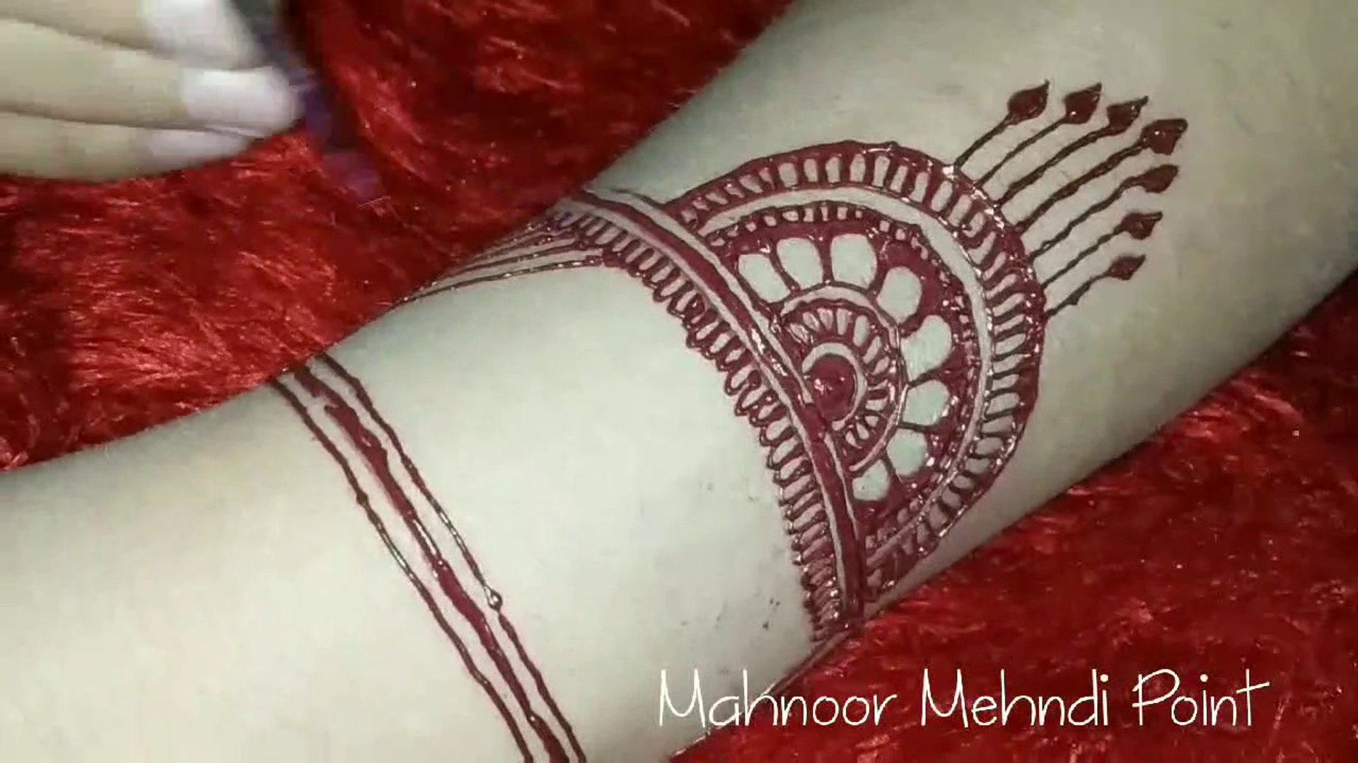 Newest Back hand Mehndi Design Simple & Beautiful Mehndi Design 2019 Back  hand Mehndi Design By MMP