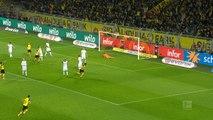 VIRAL: Football: Bundesliga: 23e j. - Sancho inscrit une superbe volée pour Dortmund !