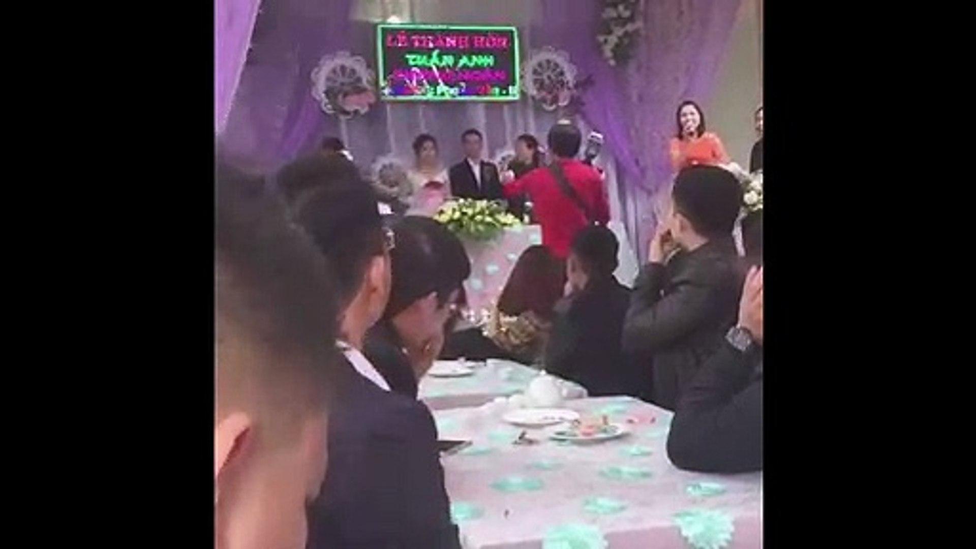 đám cưới bật nhạc xổ số