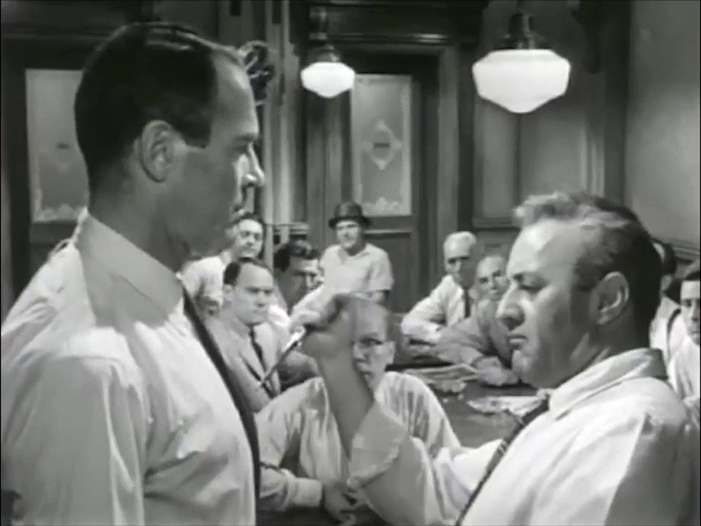 12 Angry Men Movie (1957) - Henry Fonda, Lee J. Cobb, Martin Balsam