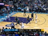 Curry makes incredible three after slick Warriors move