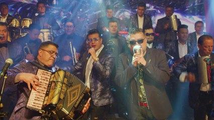 Aarón Y Su Grupo Ilusión - La Cumbia Te Llama