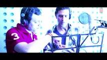Akshay Kumar Singing Mujh Mein Tu Full Video Song - Special Chabbis ,  Making of Mujh Mein Tu ,  Mujh me Tu, Tu hi Tu Basa ,  Jo tu na ho to pani pani naina