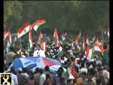 Thousands Celebrate Anna's Victory at India Gate
