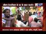 Delhi University students protest outside Arvind Kejriwal's house against exorbitant room rent