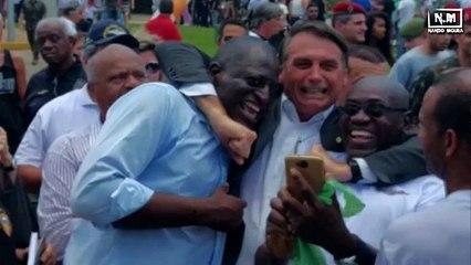 PISOU NA BOLA - Danilo Gentili, Silvio Santos e Bolsonaro
