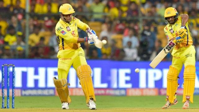 IPL 2019 CSK vs MI: MS Dhoni,Ambati Rayudu guide Chennai Super Kings to 131/4| वनइंडिया हिंदी