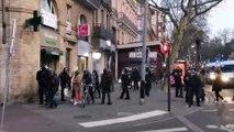 VIDEO - Un couple de passants matraqué par des CRS lors de la manif des Gilets jaunes à Toulouse