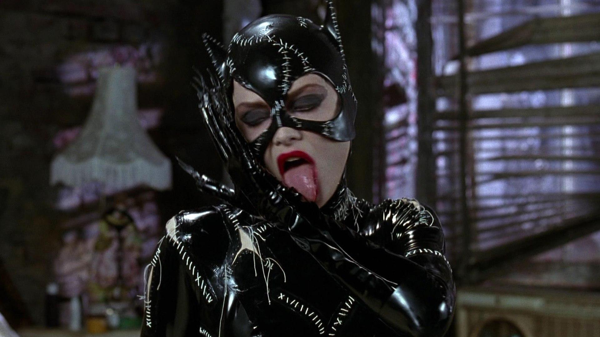Catwoman Movie 2004 Halle Berry Sharon Stone