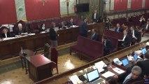 David Pérez (PSC) saluda a algunos acusados al término de su declaración en el juicio al 'procés'.