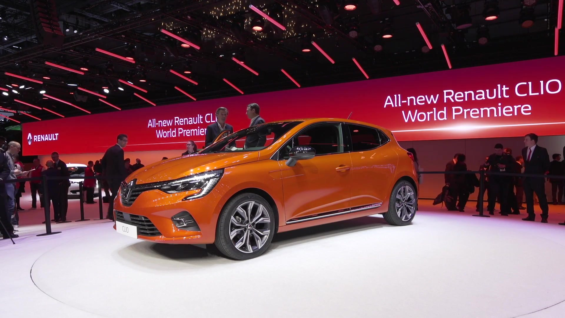 Renault Presented The Clio 5 At The 2019 Geneva International Motor Show Video Dailymotion