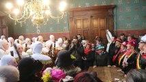 Mardi gras du carnaval de Binche : ambiance lors de la remise des médailles