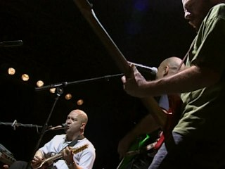 Os Paralamas Do Sucesso - Running On The Spot