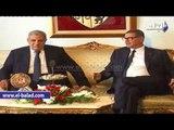 محلب يصل تونس ويشهد توقيع 16 اتفاقيات ومذكرات تفاهم بين البلدين