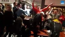 La joie des supporters de Rennes après la victoire face à Arsenal