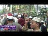 صدى البلد | خطباء المكافأة يعتصمون أمام البرلمان للمطالبة بالتعيين .. فيديو