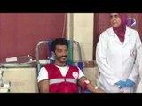 صدي البلد   لحظة تبرع خالد النبوى بالدم لتوعية الشباب