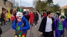 Briey : près de 200 lycéens dans les rues de Briey pour le Père Cent