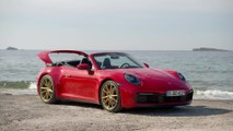 Porsche 911 Carrera 4S Cabriolet Design in Guards Red