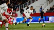 Dijon FCO v Paris Saint-Germain: Kylian Mbappé skills