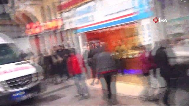 Taksim'de otelin 8'inci katından düşen şahısların kimlikleri belirlendi