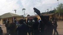 Revivez les altercations entre pro-Toss et Pro-Kalemoudou à la mairie de Matoto