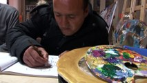 Resimlerini çizerek 'Gönüllerine' dokunuyor