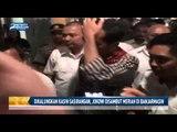 Dikalungkan Kain Sasirangan, Jokowi Disambut Meriah di Banjarmasin