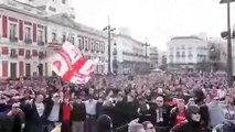 Ultras Inside : Tifosi dell' AJAX 2/2 festeggiano a Madrid per il passaggio turno Champions League Hooligans Ultras