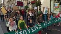 La marche pour le climat a défilé rue de la République à Avignon