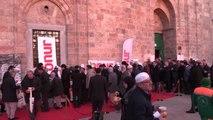 Sabah Namazına Gelenlere Kırık Buğday Çorbası İkram Edildi - Bursa